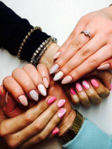 manicure - piękne dłonie i paznokcie
